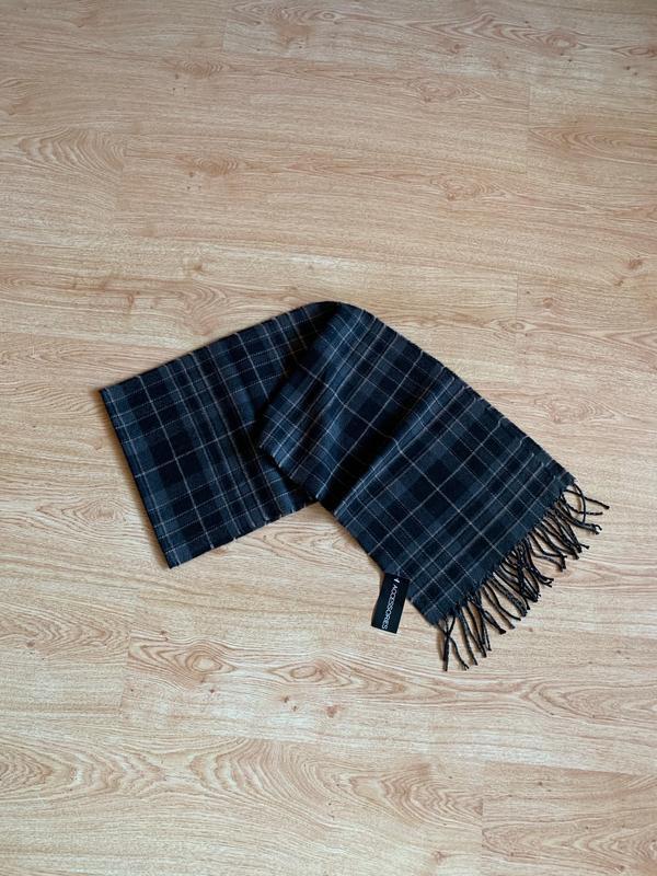 Новый тёплый шарф в клеточку