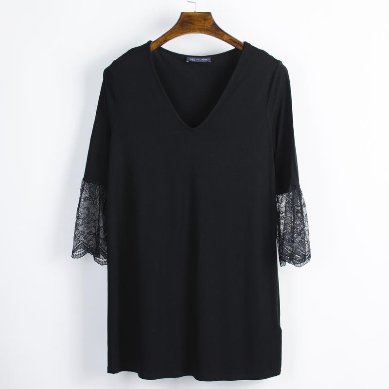 Черное платье с кружевом, нарядное платье с расклешенным рукавом