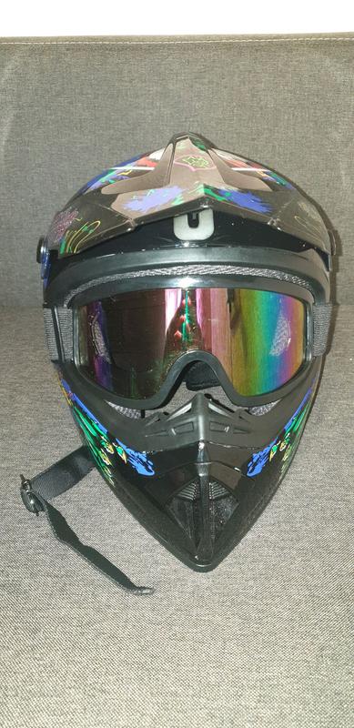 Мото шлем ( кросовый шлем )