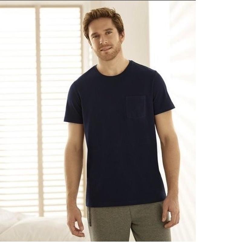 Стильная котоновая футболка р.52-54