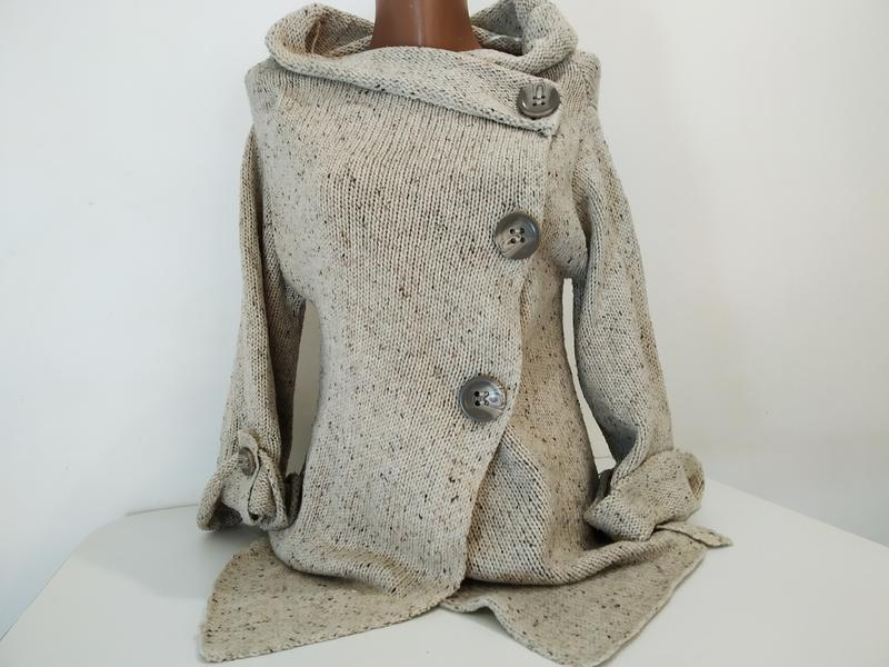 Кофта свитер накидка на пуговицах