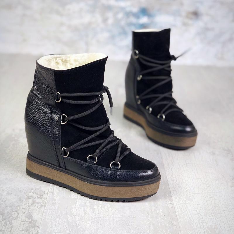 Натуральная кожа. зимние кожаные замшевые ботинки на скрытой п...