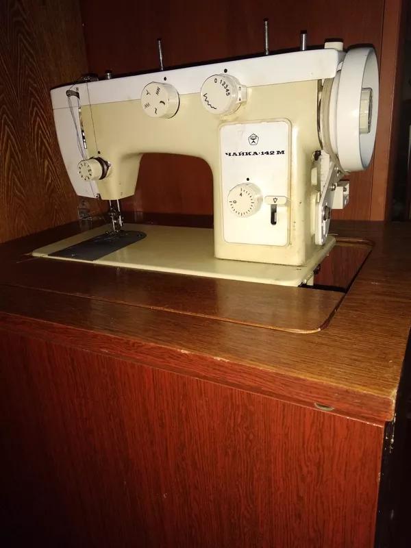 Швейна машинка з електро приводом