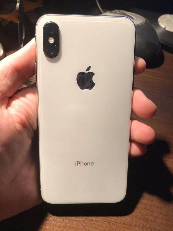 iPhone  X 256 ГБ White