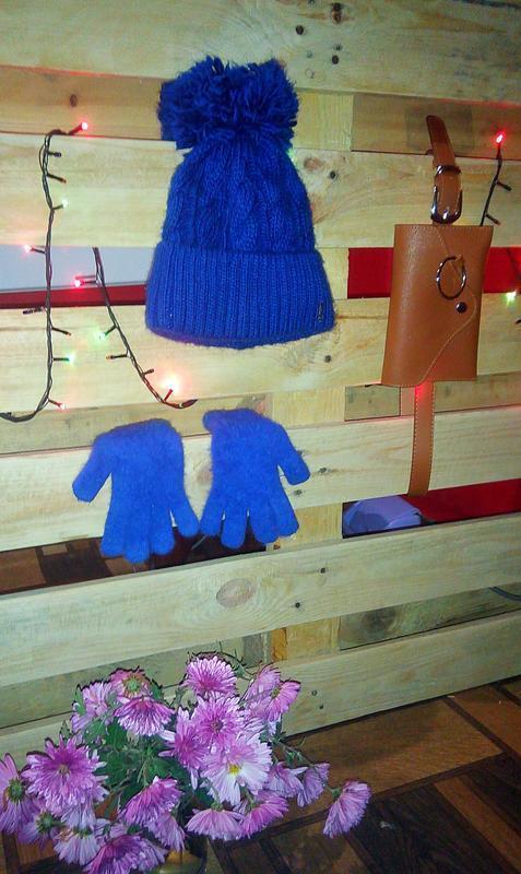 Теплая зимняя шапка с балабоном