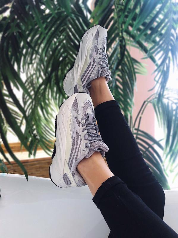 Кроссовки adidas yeezy 700 v2 static топ качество