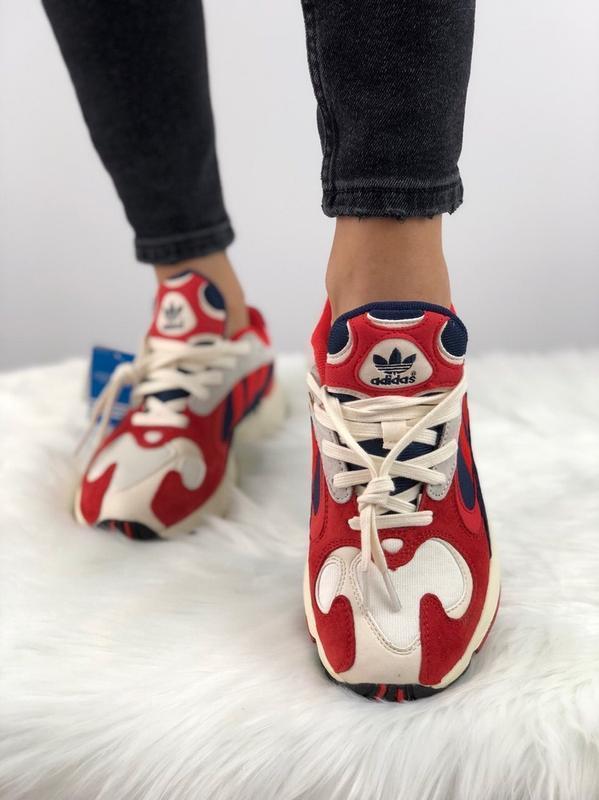 Кроссовки adidas yung 1 топ качество