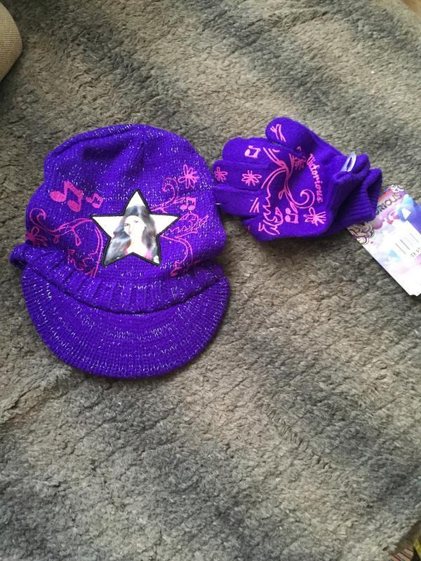Набор шапка кепка и перчатки