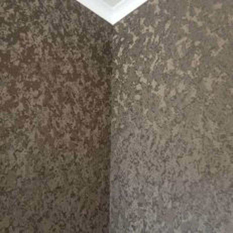 Обои – популярное покрытие для отделки стен.