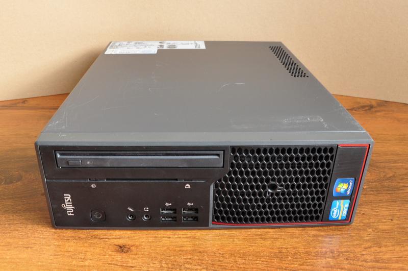 Fujitsu-Siemens Esprimo C710 SFF / i5 3470 / RAM 4GB / HDD 500GB
