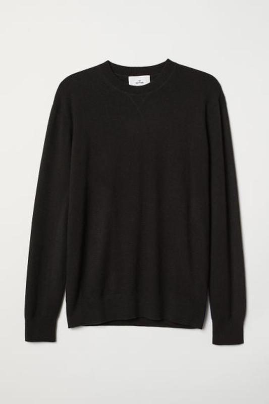 Чёрный свитер h&m