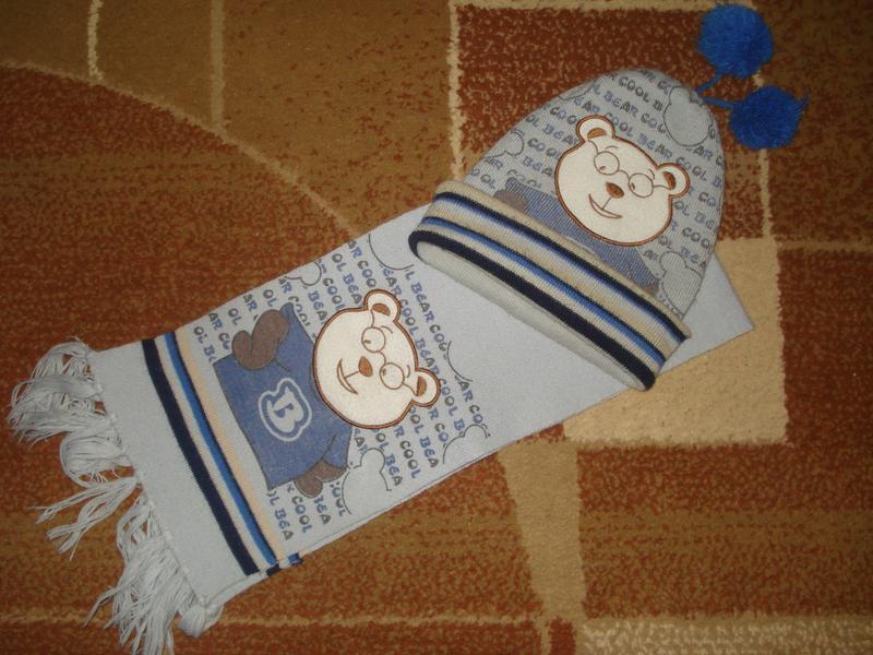 Комплект шапочка и шарф на мальчика.
