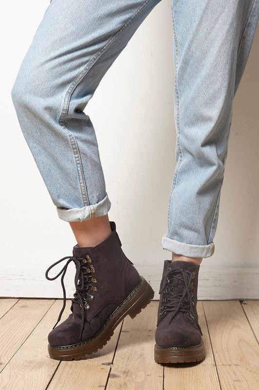 Ботинки серые зимние