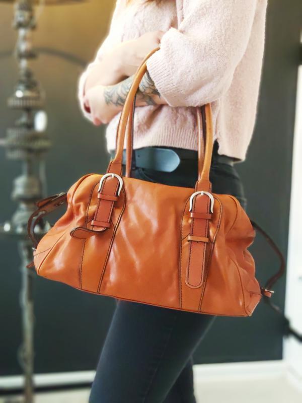Tosca blu 100% оригинальная кожаная сумка.
