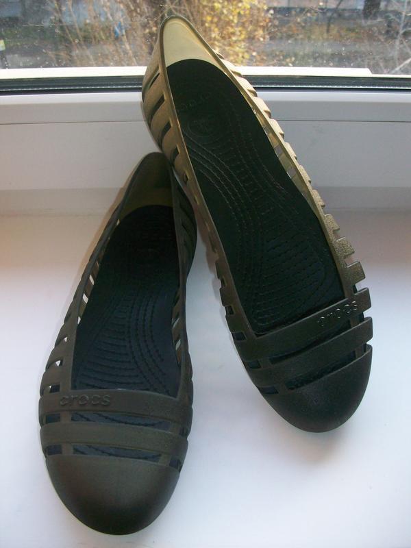 Туфли  балетки женские crocs  р.39