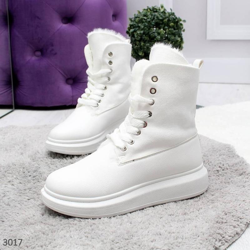 Белые ботиночки новинка