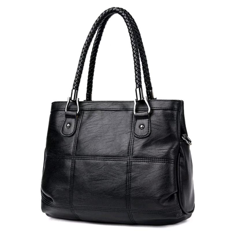 Вместительная черная сумка