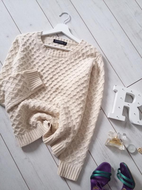 Стильный  свитер крупной вязки