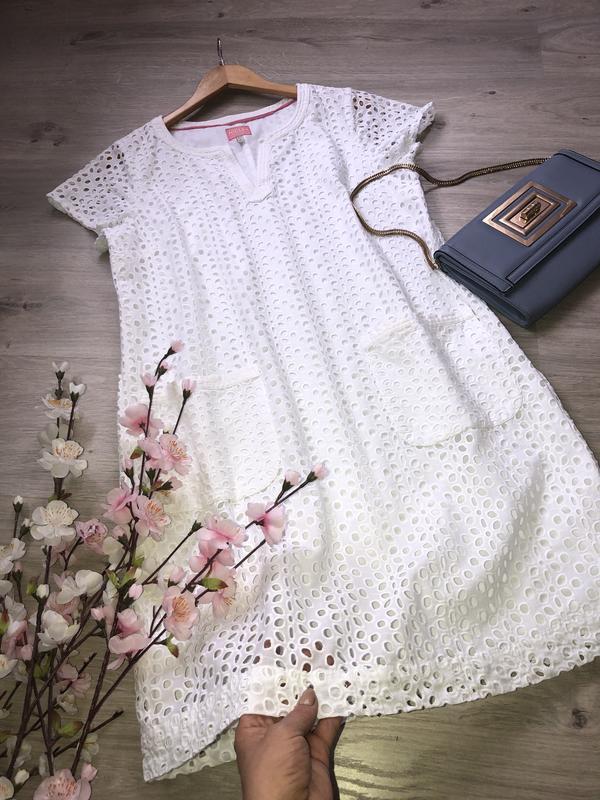 Очень красивое платье с перфорацией, платье коттон, белое платье