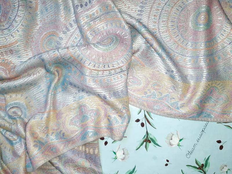 Стильный длинный шарф палантин с необычным рисунком