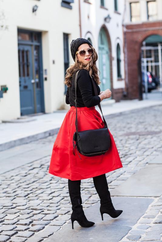 Красная пышная юбка миди трапеция с карманами алая трапеция ко...