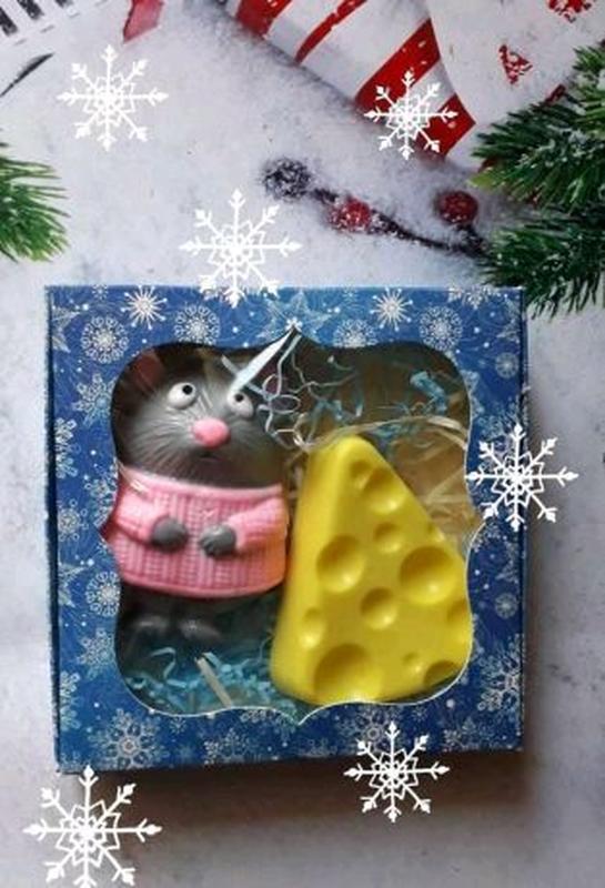 Мышка с сыром. Мыло ручной работы.