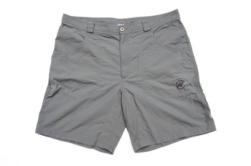 Мужские шорты mammut. размер 56