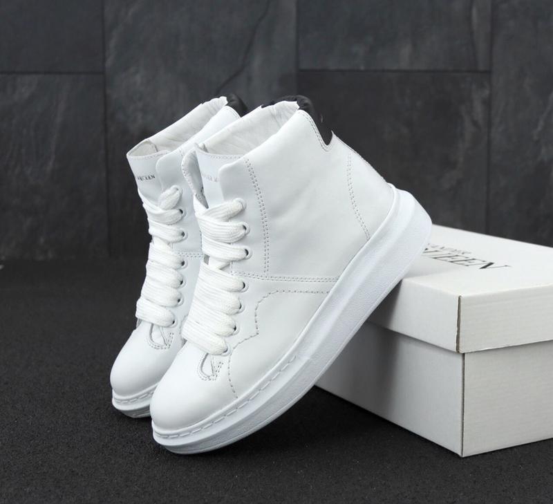 Женские кроссовки alexander mcqueen high white