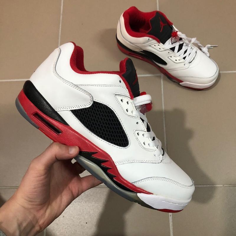 Мужские кроссовки jordan 5 retro low fire red