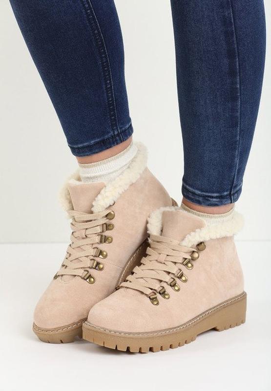 Новые шикарные женские зимние пудровые ботинки