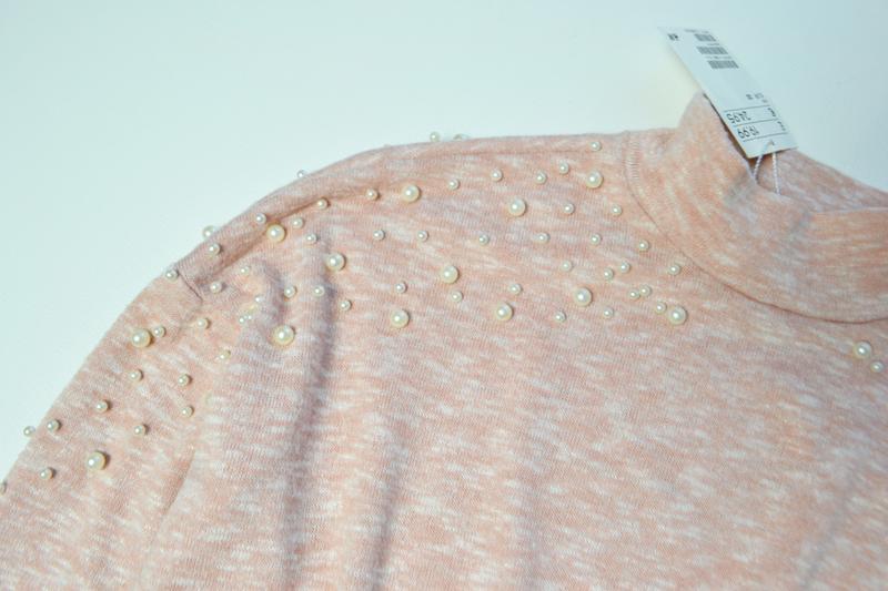 Красивый свитер кофта с жемчугами - Фото 2