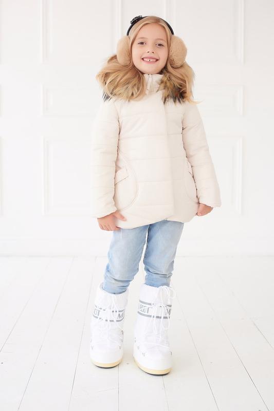 Куртка с кармашками