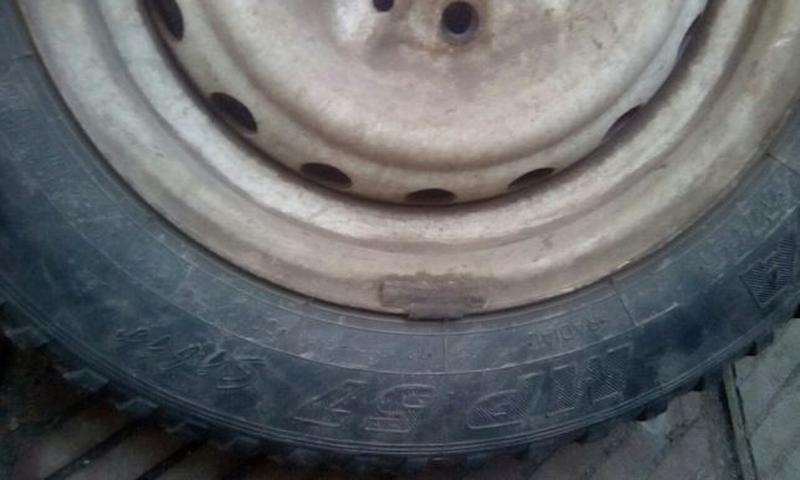 Продам диск зимняя шина покрышка 175/70 размер r 13 rundarunouert