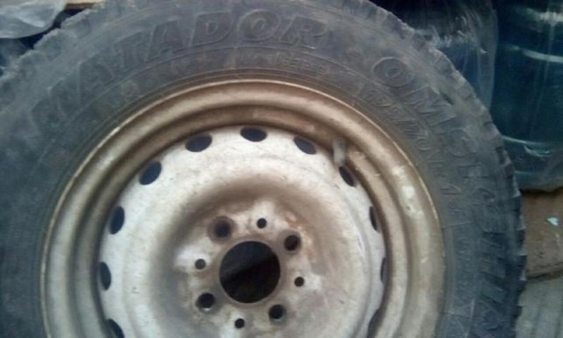 Продам диск зимняя шина покрышка 175/70 размер r 13 rundarunouert - Фото 2