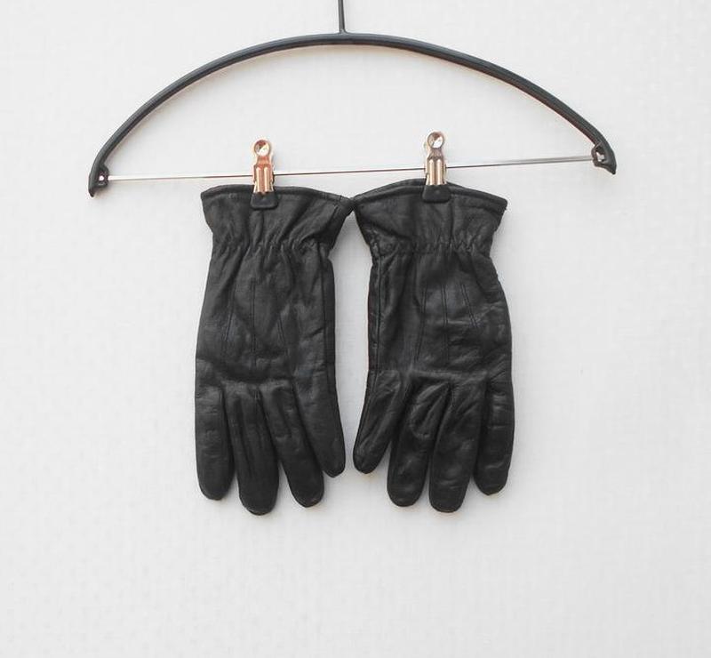 Кожаные черные утепленные перчатки