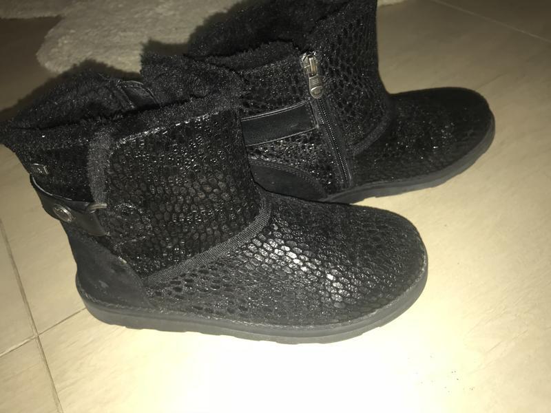Стильные ботиночки с мехом , угги, uggi р. 37