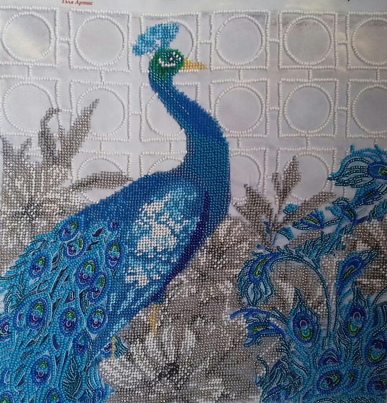 Картина вышита бисером Величественный Павлин птица ручная работа
