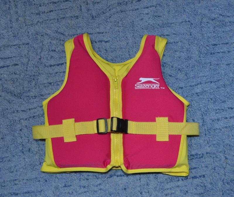 Плавательный  спасательный жилет поплавок