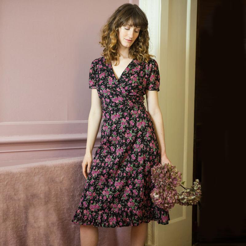 Платье халат на запах цветочный принт, 100%котон