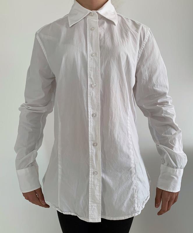 Белая рубашка, базовая рубашка.