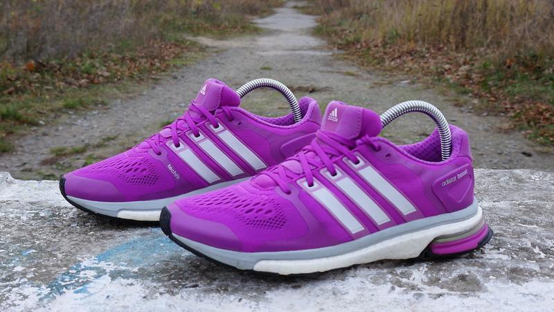 Жіночі кросівки adidas adistar boost