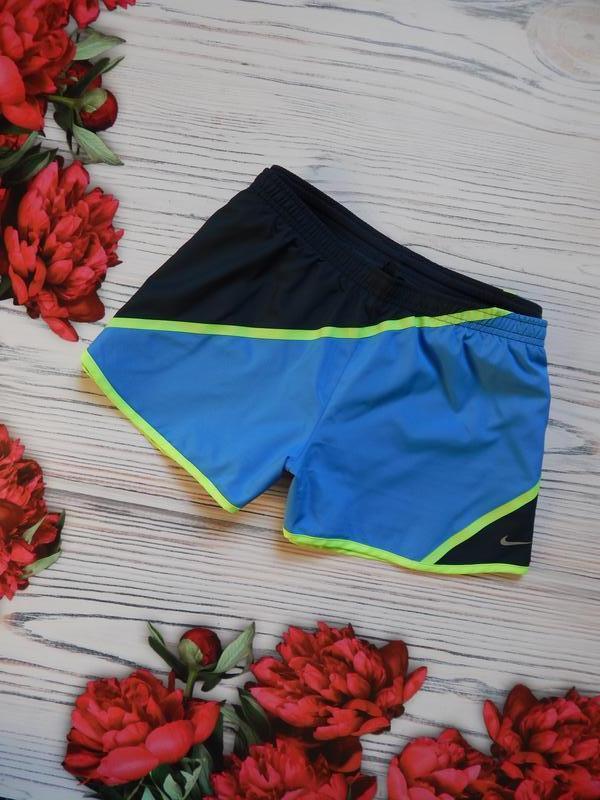 🌿спортивные классные женские шорты от nike оригинал. размер м-...