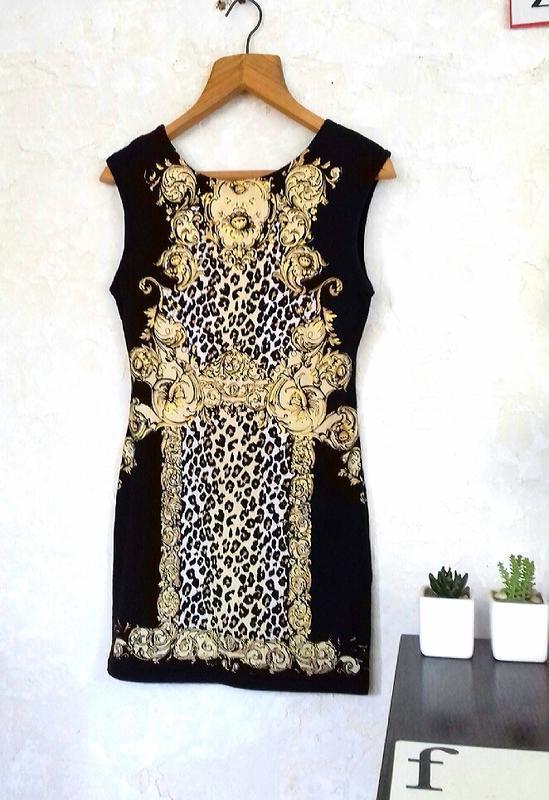 Роскошное платье с узорами river island котон