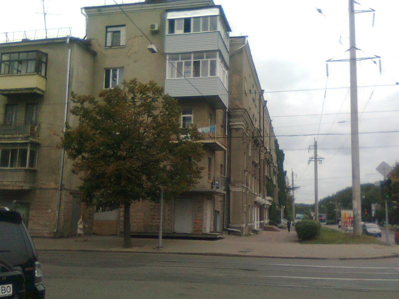 Реконструкция зданий и замена аварийных перекрытий и балконов