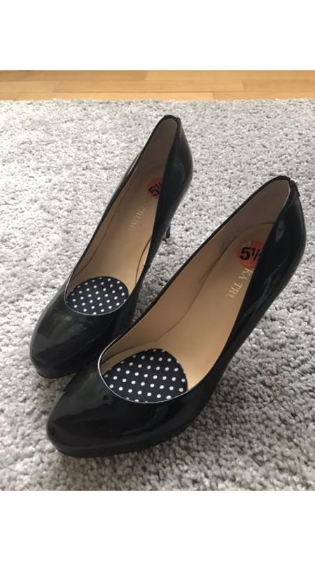 Кожаные туфли ivanka trump лодочки босоножки туфлі