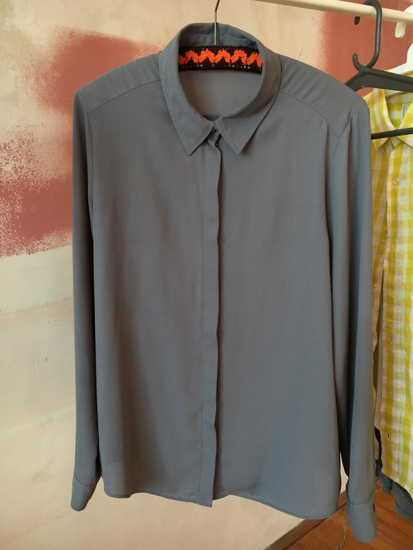 Полу-прозрачная рубашка, на скрытых пуговицах, блуза