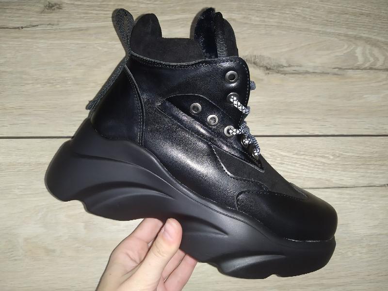 Зимние кроссовки платформа женские ботинки зима толстая подошва