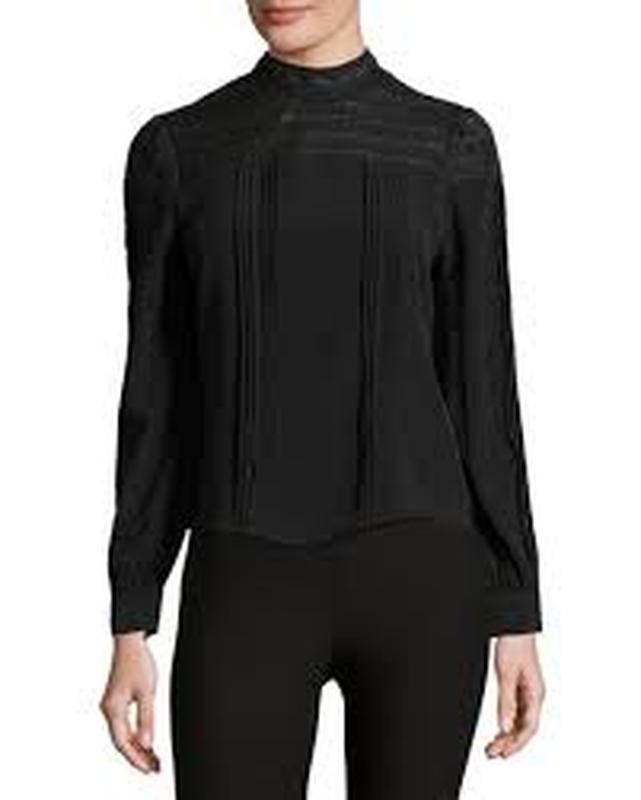 Блуза кофточка декорированная кружевом гипюром h&m