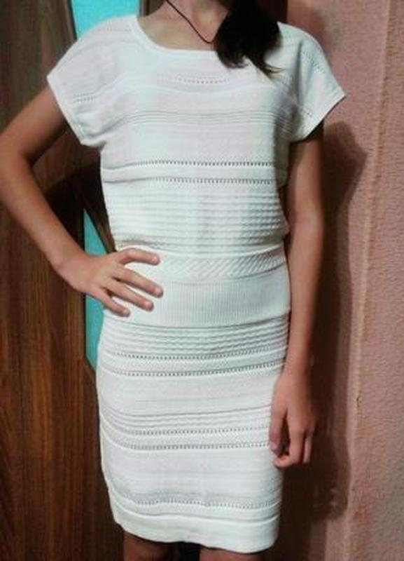Нежное вязаное трикотажное платье xs-s