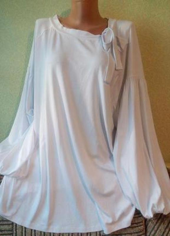 Нежная белая трикотажная блуза большого размера 56-58